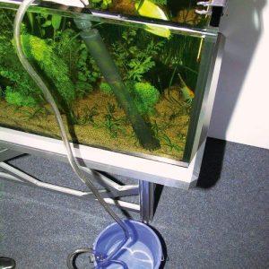 aspirateur d'aquarium